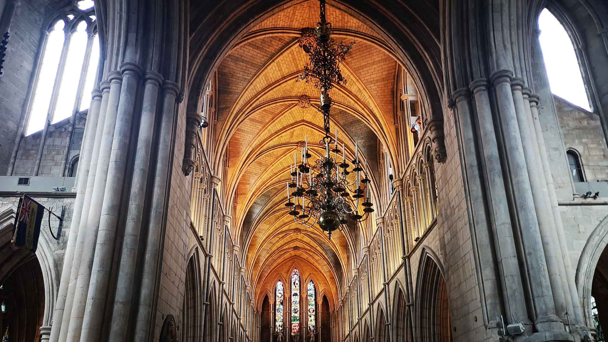 the nave of Southwark Cathedral showing the vaulted ceiling
